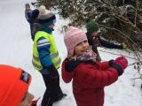 """Děti z MŠ Krumlovské pomáhají ptáčkům - """"Ptáčci v zimě"""""""